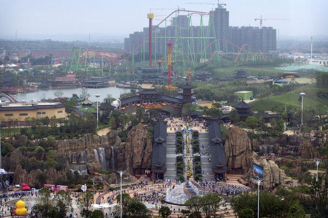'Wanda City' eğlence parkı, Şanghay'da açıldı