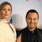 Serdar'dan eşine 100 bin Euro'luk hediye