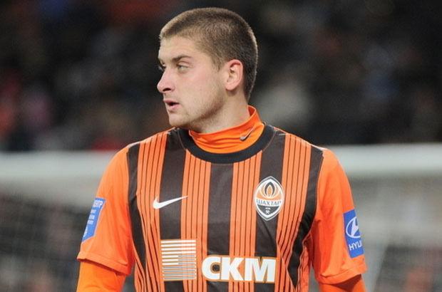 Beşiktaş'ta hedef Shakhtar Donetskli Yaroslav Rakitsky...