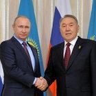 Vladimir Putin Kazakistan'da