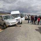 Yüksekova'ya dönüş yolunda kaza