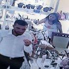Antalya Kemer'de hırsızlık anları kamerada!