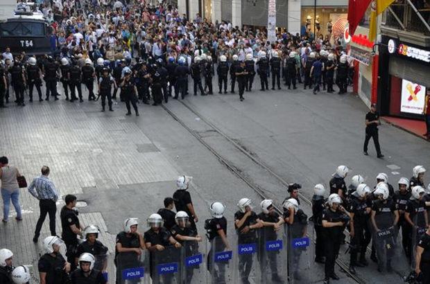 İstiklal Caddesi'nde 'Gezi' yürüyüşü