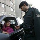 İranlı gençler ahlak polisinden böyle kurtuluyorlar