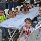 Eyüp'te Tekne orucunu tutan çocuklar iftarlarını açtı
