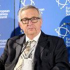 Juncker, Putin'le görüşmeye gidiyor