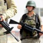 Kars'ta askerlik şubesine roketatarlı saldırı