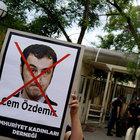 Soykırım tasarısına 'evet' oyu veren Türk kökenli vekillere polis koruması