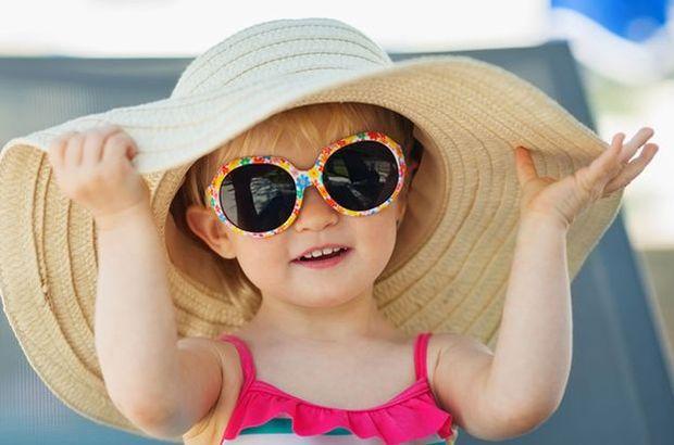 Yazın çocukların göz sağlığı için alınması gereken 5 önlem!