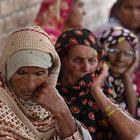 Pakistan'da 8 aylık hamile kadın ailesi tarafından öldürüldü