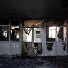 Van'da el yapımı patlayıcının atıldığı anaokulu tamamen yandı