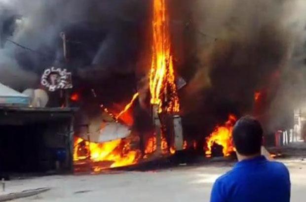 Adana'da trafo patladı: 1 araba, 1 işyeri ve 1 ev kül oldu
