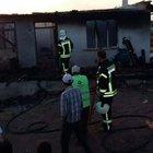 Elektrik kontağından çıkan yangın evi kül etti