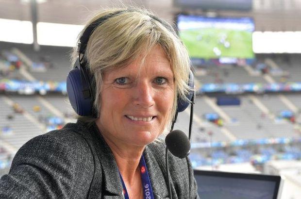 Alman kadın spiker Neumann, Euro 2016'da maç anlattı