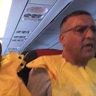 Motoru duran uçak İstanbul'a acil iniş yaptı