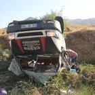 Malatya'da mevsimlik işçileri taşıyan minibüs devrildi