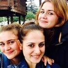 Trabzon'da kazada ölen kız kardeşler, gözyaşlarıyla toprağa verildi