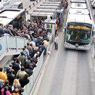 Metrobüs sapığı aranıyor