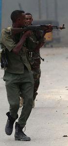 Somali'de militanlar otele saldırı düzenledi