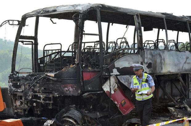 Çin'de otobüsün alev alması sonucu 30 kişi öldü