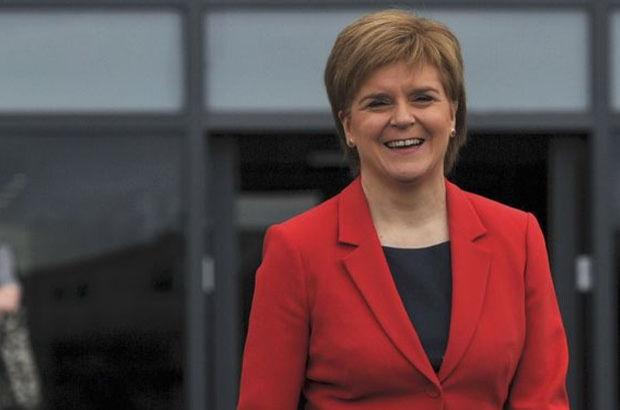 İskoçya Başbakanı Nicola Sturgeon, Brexit'i veto edebileceklerini öne sürdü