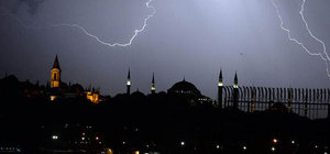 İstanbul'da sağanak yağış alarmı