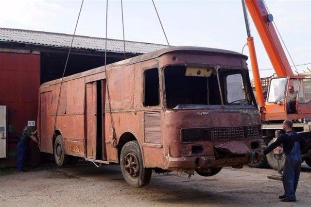 Aracını karavana çevirdi!