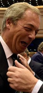 Juncker'dan Brexit'çi Farage'a: Burada son alkışın olacak