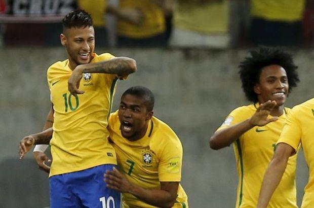 Neymar - Douglas Costa