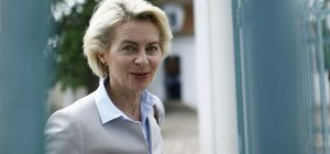 Almanya Savunma Bakanı Ursula von der Leyen yarın İncirlik'te