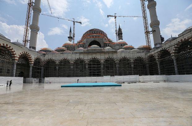 Çamlıca Camisi Kadir Gecesi'ne hazır