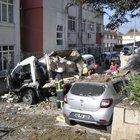 İzmit'te freni patlayan kamyonet 4 aracın üzerine uçtu
