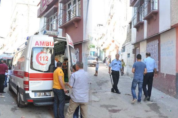 Gaziantep'te iki aile sopalı, bıçaklı birbirine girdi!