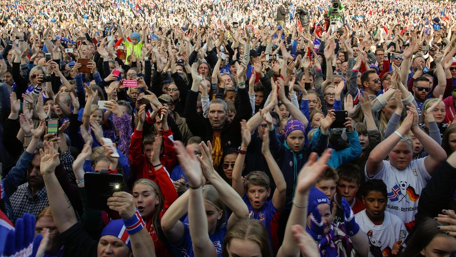 İzlanda şampiyonlar gibi!
