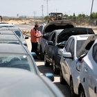 Gazze'deki Beyt Hanun Sınır Kapısı araç geçişine açıldı