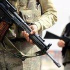 PKK'lı teröristler Derecik'te askeri üs bölgelere saldırdı