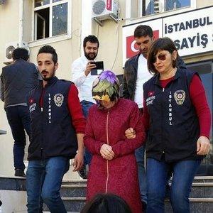 ANNE VE BABASI BİRBİRİNİ SUÇLADI, OLAN BERATCAN'A OLDU!
