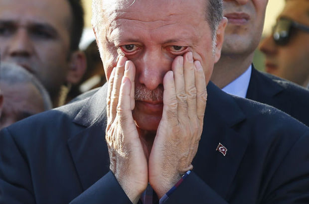 İstanbul Fatih Camii ve Ankara Gölbaşı'nda cenazeler uğurlanıyor