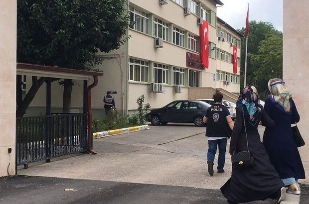 Yrd. Doç. Dr. Adil Öksüz gözaltına alındı