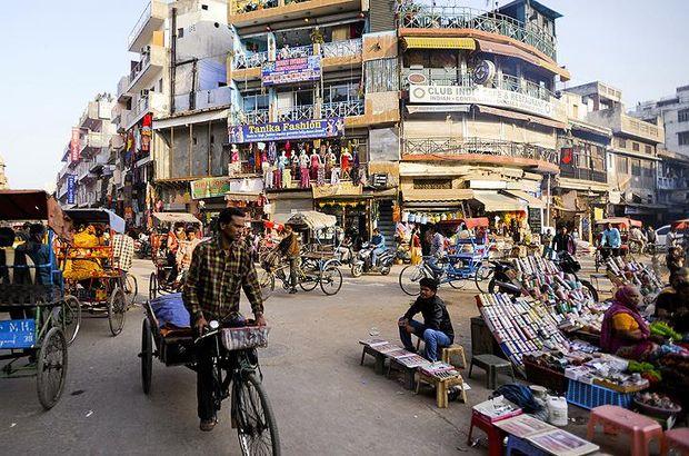 Hindistan'da bir günlük Rajinikanth filmi tatili