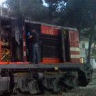 İzmir'de yolcu treni alev aldı, faciadan dönüldü