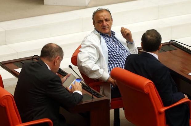 Oktay Vural o geceyi anlattı: Meclis'e yürüyerek girseydik belki de...