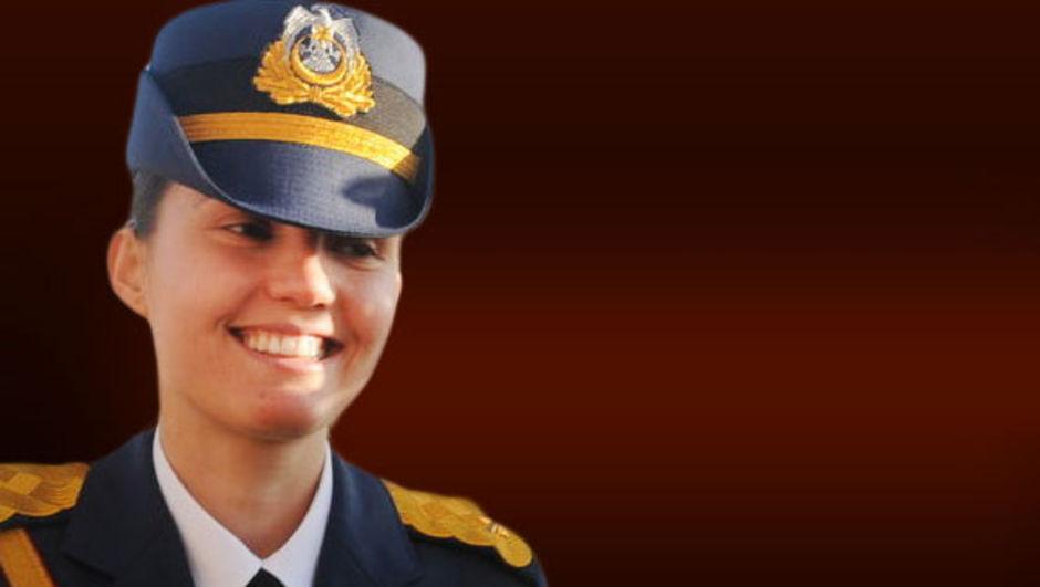 Kadın pilot: Darbe girişimi olduğunu sonradan öğrendim, yine de emirleri uyguladım 30