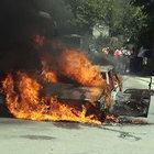 İstanbul'da seyir halindeki otomobil alev aldı