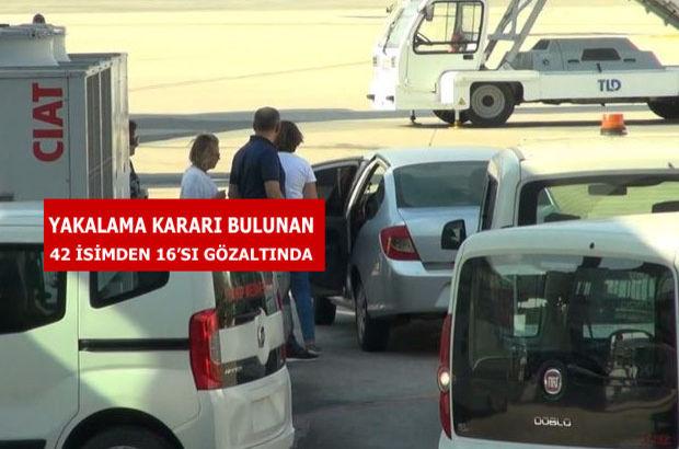 Gazeteci Nazlı Ilıcak Bodrum'da yakalandı   Gözaltına alınan gazeteciler