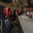 Adalet Bakanlığı 5 bin hakim ve savcıyı göreve başlatacak