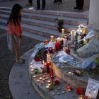 Fransa'da kiliseye saldıran iki kişinin kimliği belirlendi