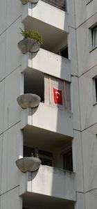 Avusturya'nın Wiener Neustadt şehrinde Türk bayrağı asma yasağı