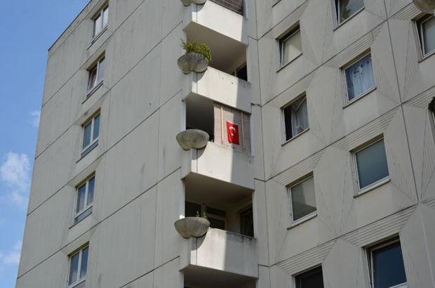 Avusturya'da evlerin balkonlarında Türk bayrağı yasağı