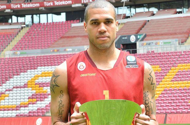 Galatasaray, Blake Schilb ile sözleşme uzattı